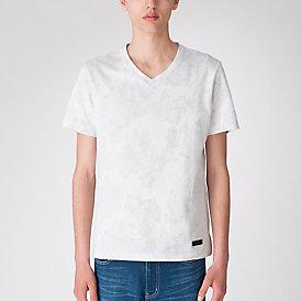 フラワージャカードVネックTシャツ